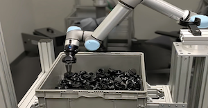 ActiNav is a new UR+ application kit that simplifies the integration of autonomous bin picking of parts and accurate placement in machines using UR cobots.