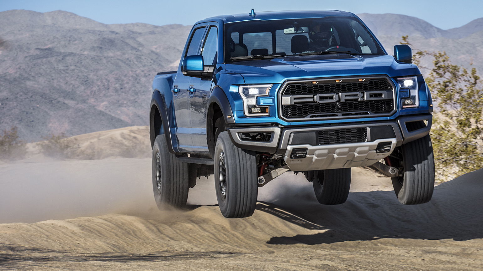 19 F 150 Raptor Can Tell When Truck Is Mid Air Manage Throttle Off Road Fleetowner
