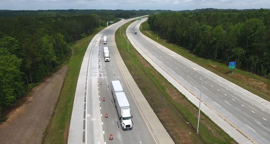 Volvo Trucks Fedex Demonstrate Truck Platooning On Nc 540 Fleetowner