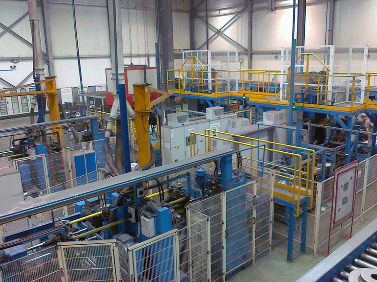 FS&D conceptualized and designed these automated casting grinding and inspection cells for a large automotive foundry.