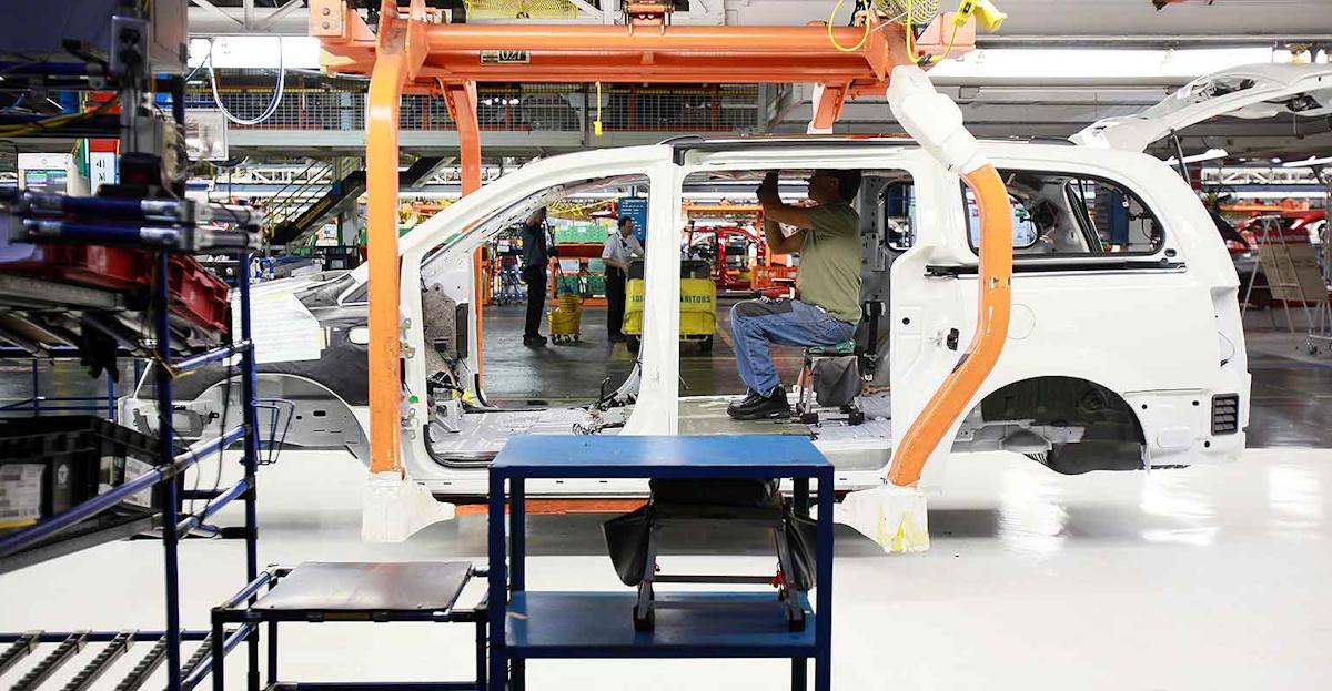 Fiat Cuts 1 500 Jobs As Canada Plant Dials Back Minivan Output Industryweek