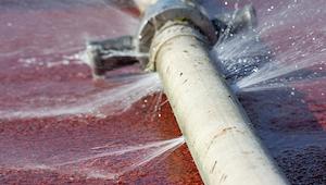 Industryweek 21287 Water Leak T 595