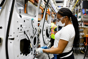 Slideshow Ford Woman At Dearborn Plant