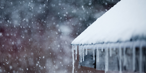 Snowstorm Snow Icicles On Roof Cold Snowy Focus Shingles Benoit Daoust Dreamstime