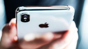 Apple Iphone X Smartphone Iphone X Tech Pojoslaw Dreamstime 6086e56aa0862