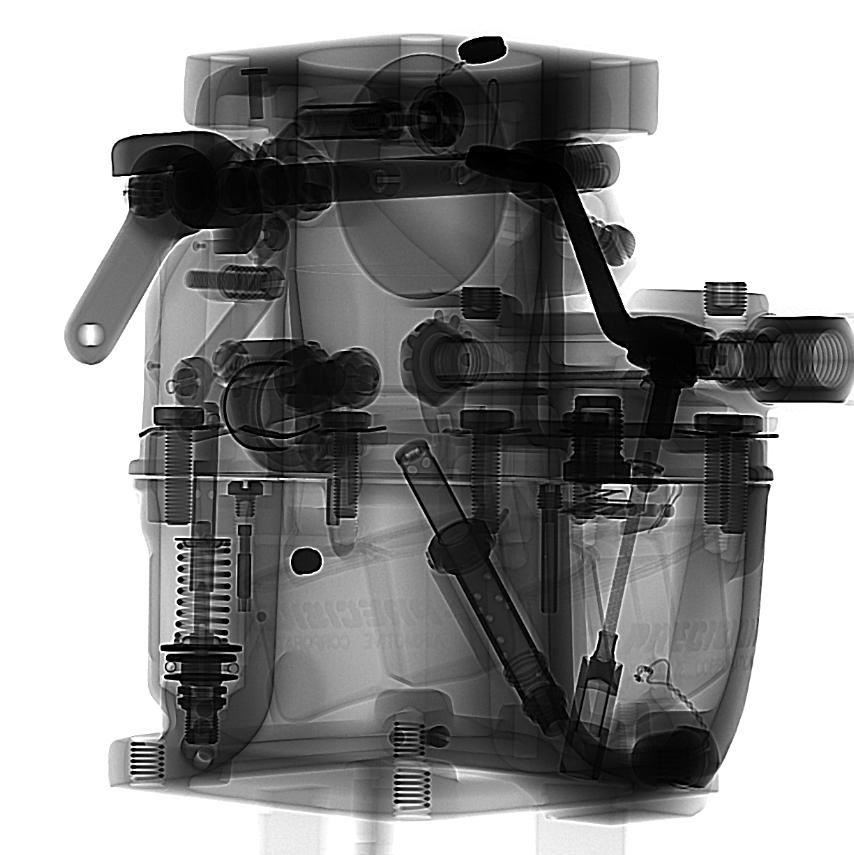 Image radiographique de projection 2D du carburateur générée avec le système à rayons X YXLON UX20.