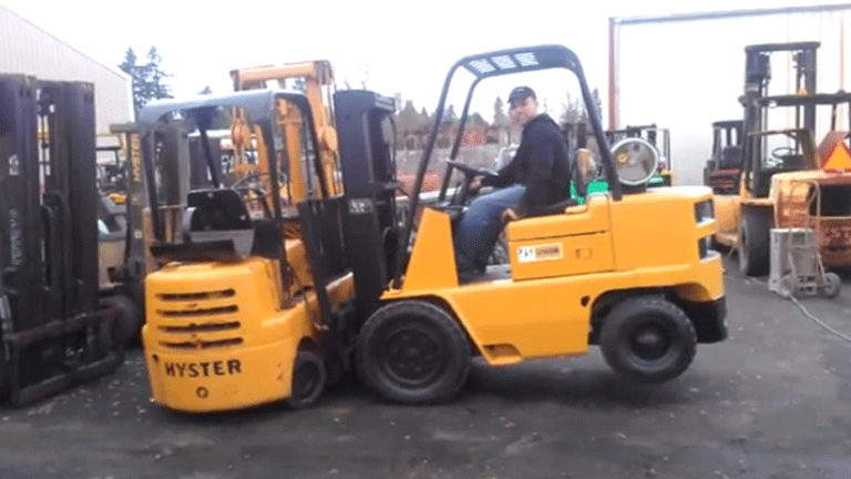 Forklifts Lifting Forklifts—Caught on Video | Material Handling and  Logistics