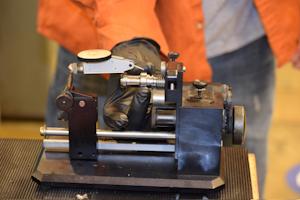 Tj Davies Retention Knobs Manufacturing