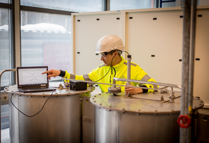 Collo's sensors can be placed in the critical steps of a liquid process, to optimize the use of raw materials and chemicals according to the online data from the analyzer.