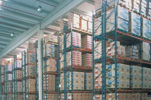 How pallet racking helps store bulk materials more