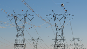 Fifteen-man crew completes project on SRP's transmission lines located west of Phoenix, which feed electricity from Palo Verde generating station to West Wing receiving station.
